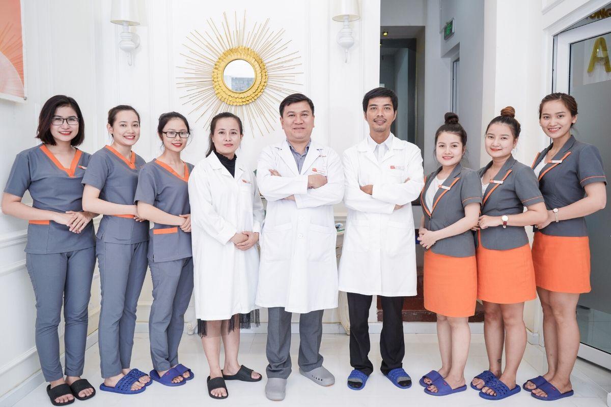 Phòng khám AZ NOSE khẳng định uy tín trên thị trường với đội ngũ bác sĩ chuyên môn cao.