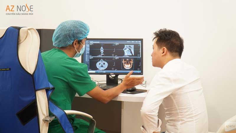Tư vấn trực tiếp với bác sĩ phẫu thuật qua kết quả chụp CT tại phòng khám chuyên sâu nâng mũi AZ NOSE