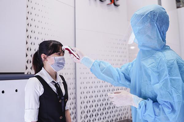 Trước giai đoạn giãn cách xã hội, phòng khám chuyên sâu nâng mũi AZ NOSE thực hiện nghiêm túc quy tắc 5K.